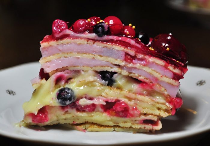 """Tort de clatite """" Delicios """""""