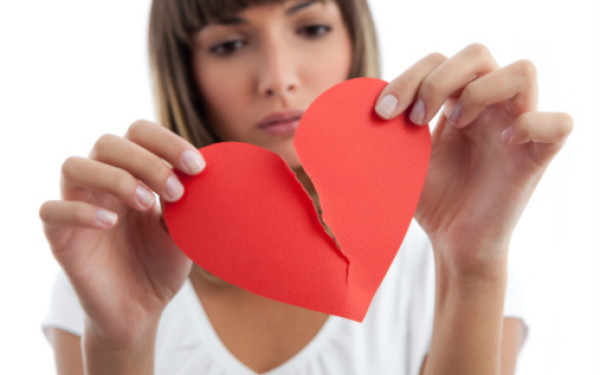 Sotul a anuntat-o ca o paraseste in timp ce era in vacanta cu amanta. Ce a facut femeia?