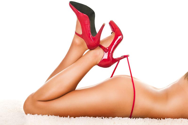 9 Trucuri pentru a evita durerile provocate de pantofii cu toc