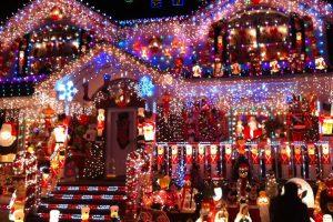 Cele mai frumoase locuinţe decorate pentru sărbătorile de iarnă – FOTO