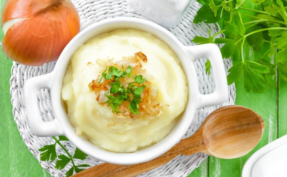 reteta-piure-de-cartofi-cum-sa-faci-piureul-mai-cremos-si-mai-gustos-in-cativa-pasi-simpli_size2