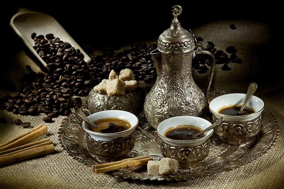 ELYTIS Hospital: Cum trebuie să prepari cafeaua pentru a beneficia de calităţile sale?