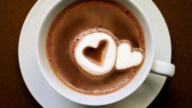 Cinci greşeli pe care le faci fără să ştii atunci când prepari cafeaua