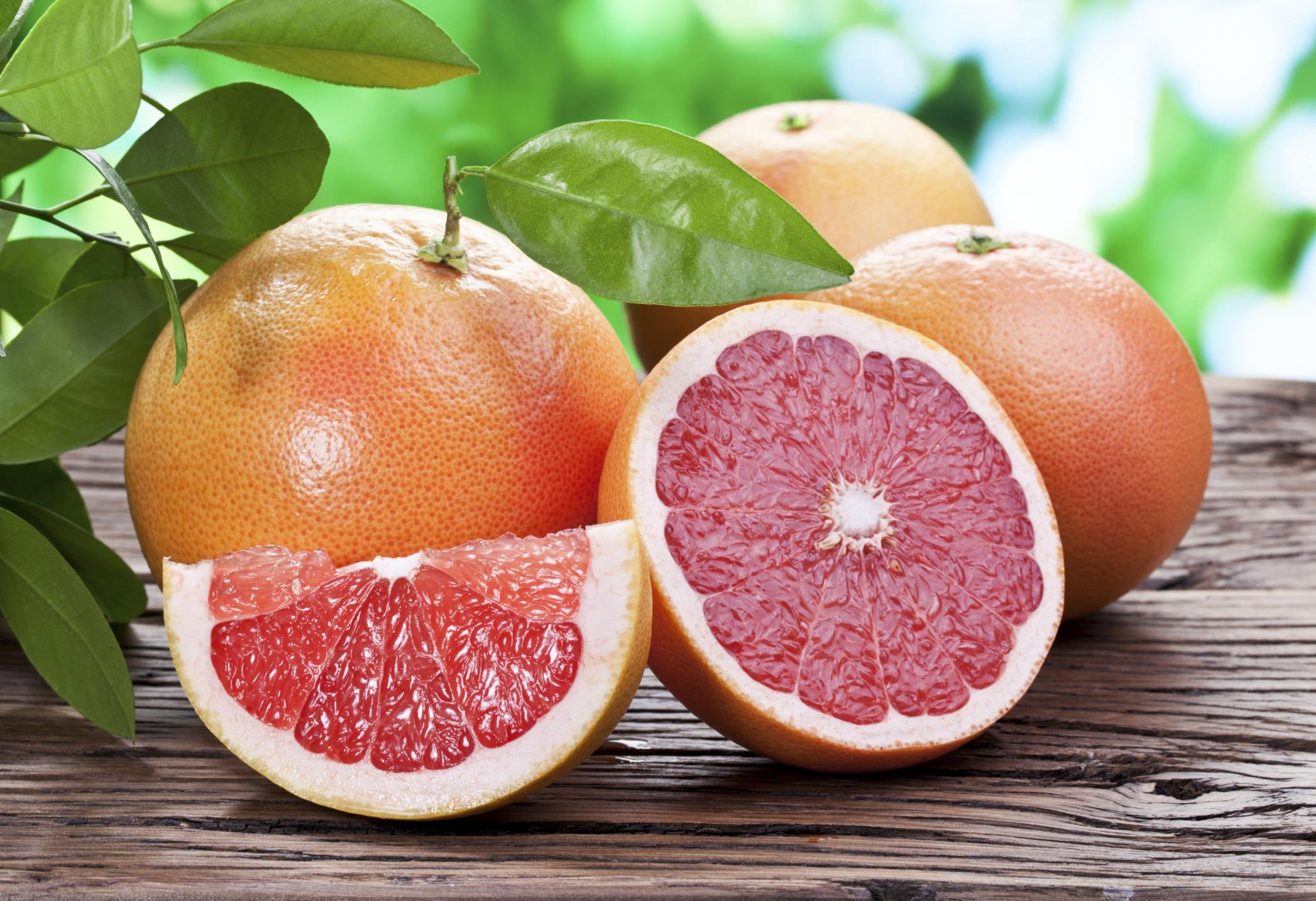 Avantajele şi dezavantajele consumului de grapefruit