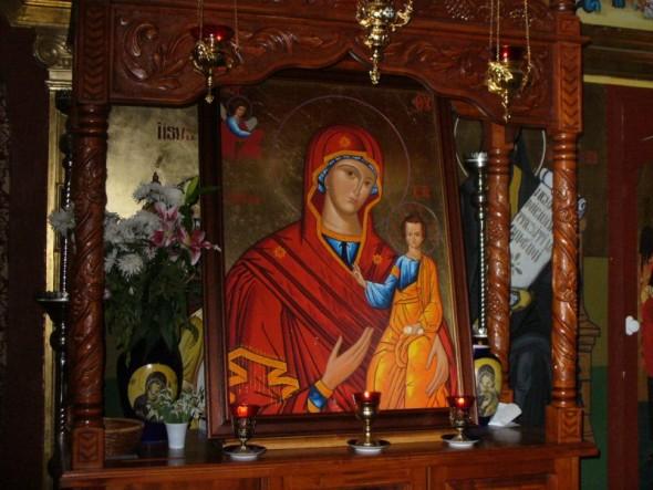 Un fizician rus a studiat 10 ani puterea rugaciunii Tatal Nostru inainte de masa! Rezultatul te va pune pe ganduri