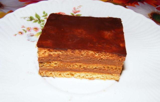 Prăjitură cu cremă de ciocolată