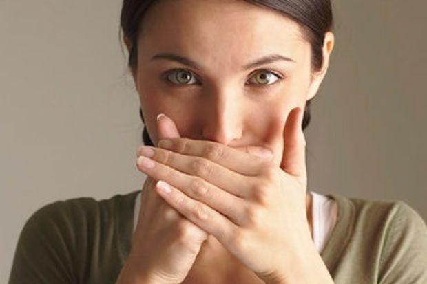 Scapă de respirația urât mirositoare, urmând aceste sfaturi simple