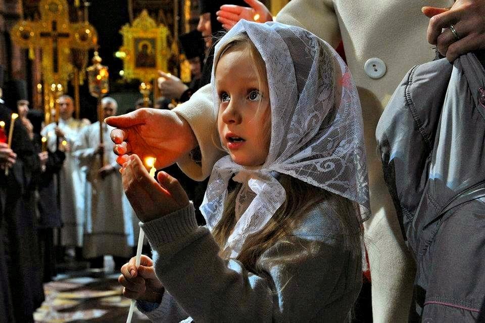 Ce înseamnă haina de nuntă pentru noi, care venim la biserică? Iată marele secret despre mersul la biserică!