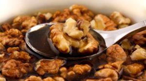 Doar cu o linguriță din acest amestec vei întări imunitatea în sezonul rece, vei slăbi și vei reduce colesterolul în doar 30 de zile!