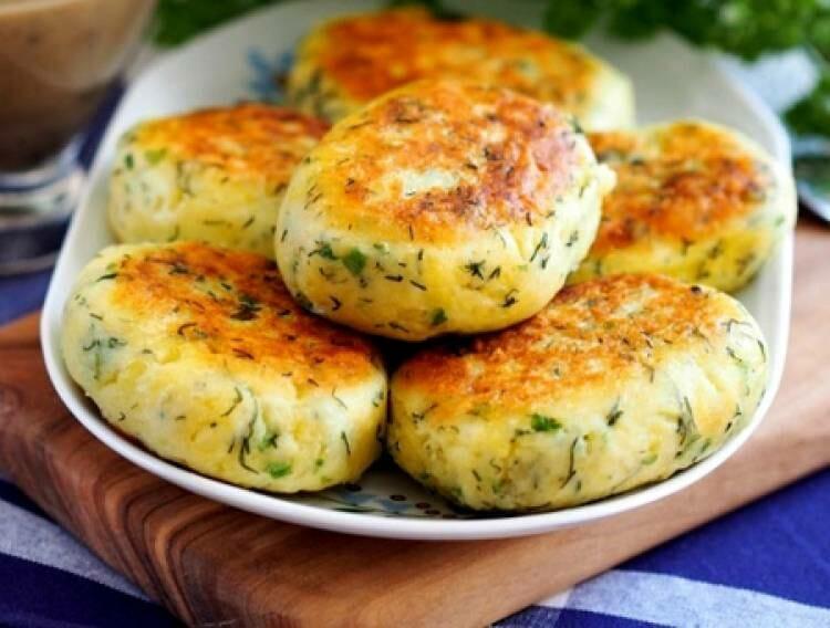 Chifteluțe din cartofi, cu verdeață și usturoi – Cea mai simplă și cea mai gustoasă rețetă