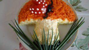 """Salata """"Ciupercuta"""" – Bucurati-va oaspetii de sarbatori cu aceasta salata delicioasa"""