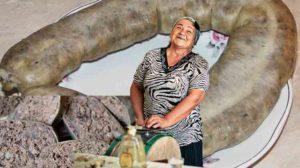 Cum se prepară lebărul de casă. Cum să ai pe masa de Sarbatori bunătăţi tradiţionale!