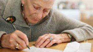 """Scrisoarea unei bătrâne: """"Nu veniți la mine când voi muri…"""""""