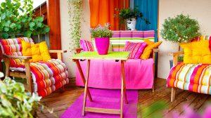 Cum sa creezi o zona de relaxare la tine acasa? Idei pline de culoare si farmec