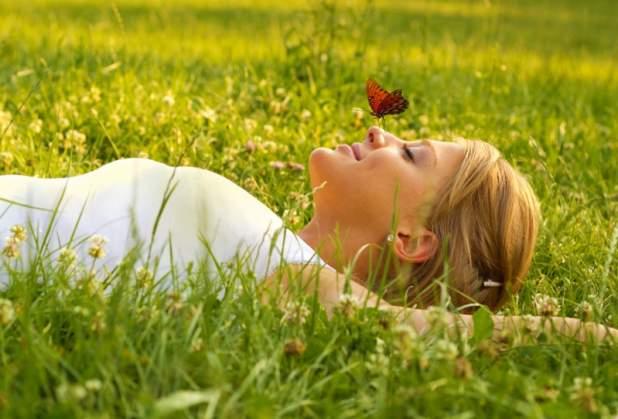 Cum sa elimini energia negativa. 4 obiceiuri care îți schimba viața fără să îți dai seama