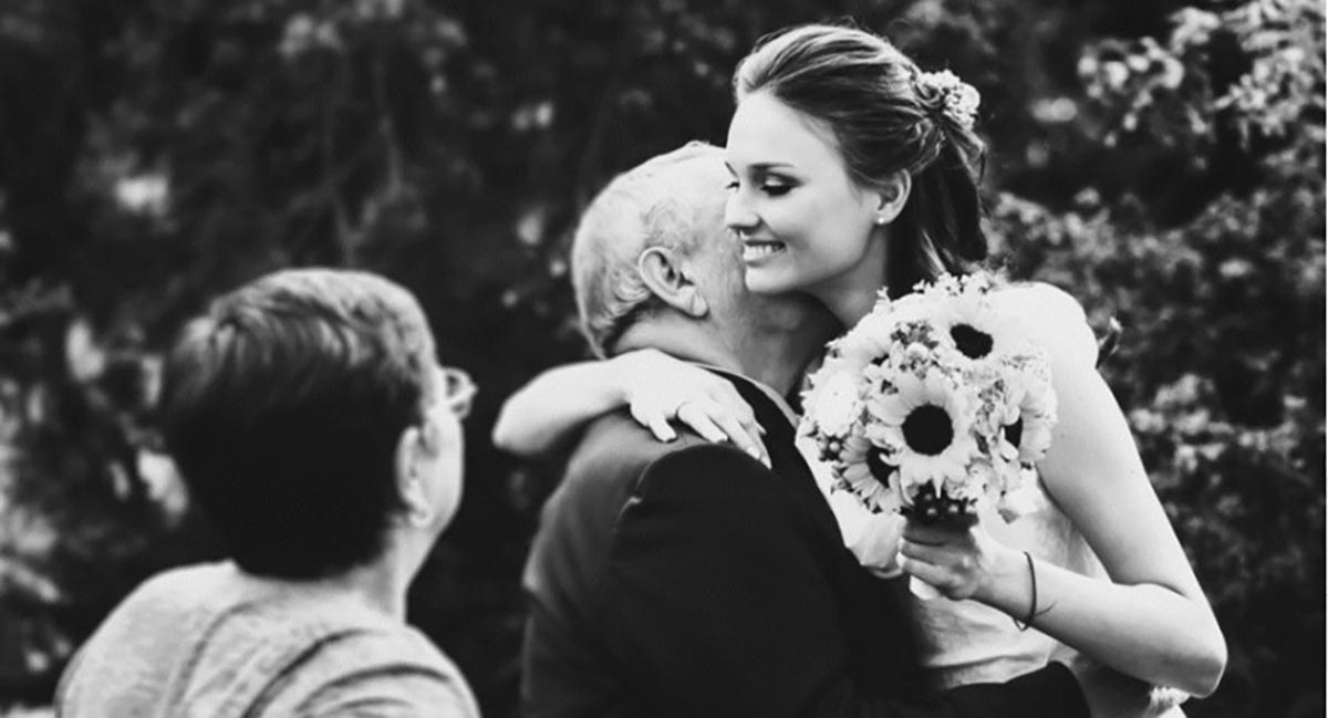 """Un tată își sfătuiește fata cum să-și aleagă viitorul soț. Sfaturile lui sunt o lecție pentru toate femeile. """"5 lucruri contează cel mai mult"""