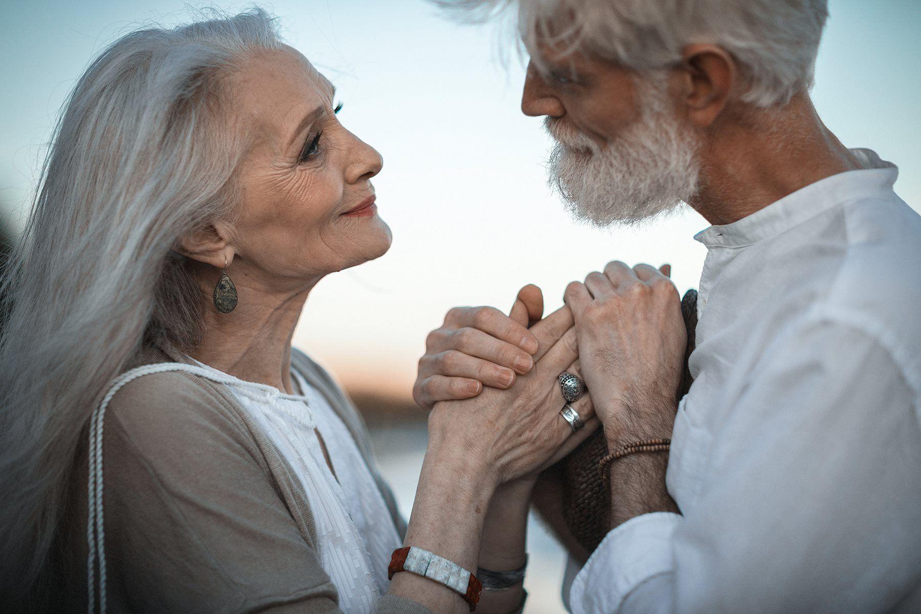 Te-a părăsit și ai peste 50 de ani? Iată cum te poți reîndrăgosti la această vârstă… Răbdarea face totul!