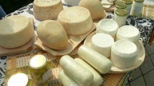 """""""Brânză de cauciuc din ulei de palmier"""", ultimul experiment social pe stomacul românilor! De la săpun, la brânză!"""