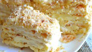 Prăjitura Miracol cu brânză – Gingașă și pufoasă ca un nor. Nu te saturi de ea