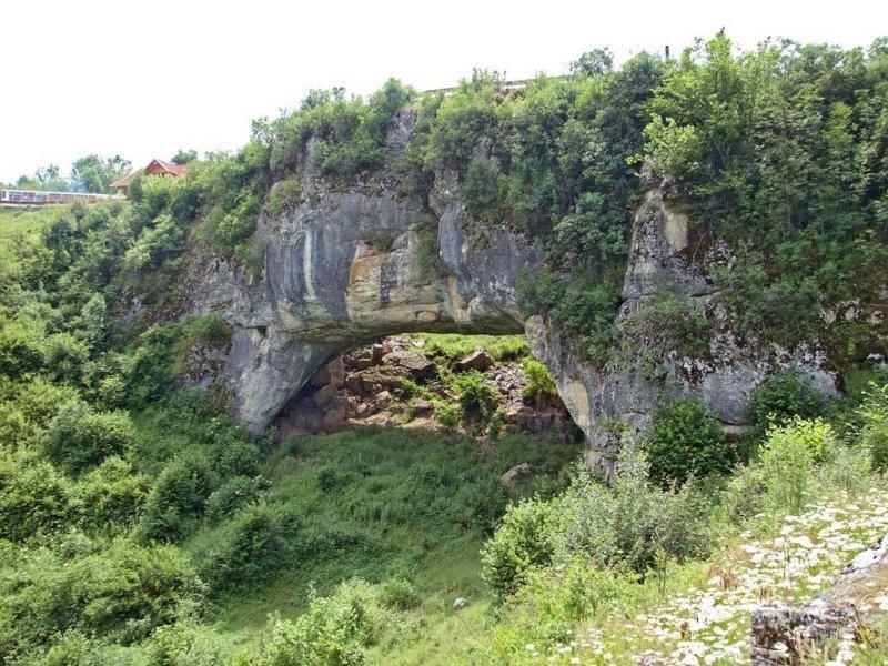 Podul lui Dumnezeu, un loc din România unde până și cuvintele pălesc!