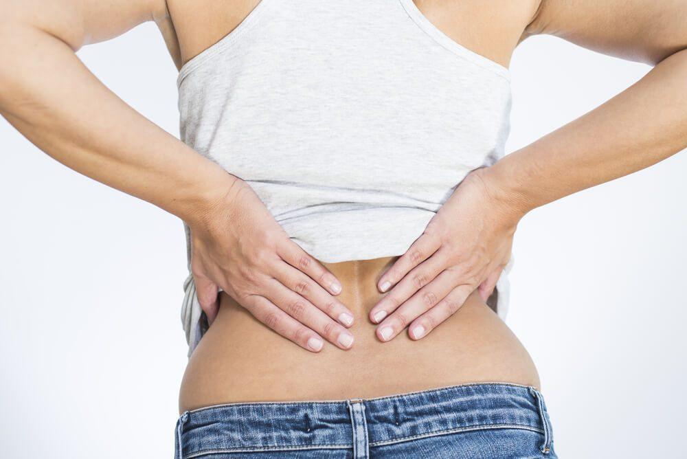 Durerile puternice de spate si de articulatii pot fi cauzate de o simpla deficienta a unei singure vitamine