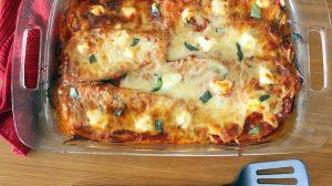 Lasagna cu vinete şi mozzarella – rețetă săracă în calorii şi foarte săţioasă