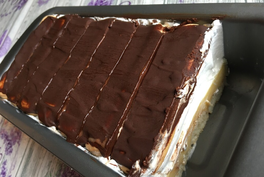 Cremă de lux cu piscoturi, vaniliesi ciocolata, fără coacere gata în câteva minute
