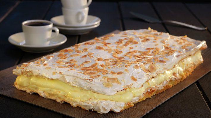 Votată prăjitura națională a Norvegiei, sub denumirea de verdens beste – cea mai bună din lume