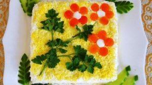 Toți oaspeții vor cere rețeta acestei salate!
