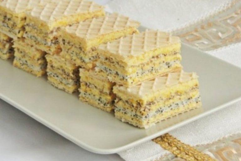 Prajitura Furnicuta – Napolitane umplute cu crema de vanilie