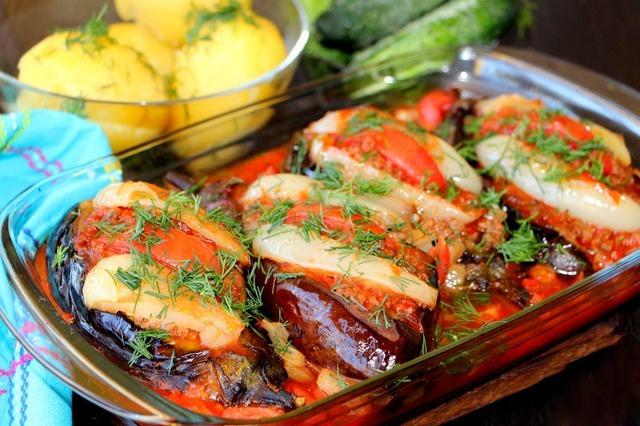 Vinete umplute cu carne tocată – cea mai bună mâncare făcută vreodată din vinetele!