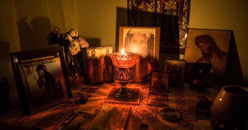 Rugăciunile făcute în vremea nopții sunt deosebit de puternice! Iată folosul lor