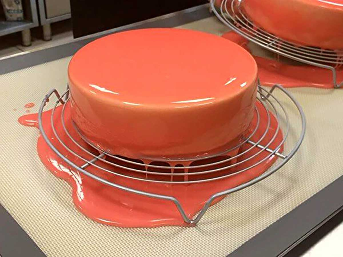 Glazură pentru tort: 3 rețete simple, delicioase și ușor de preparat!