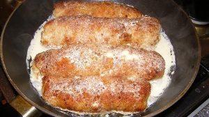 Rulouri de pui cu ciuperci și cașcaval în sos de smântână – moi și suculente, numai bune pentru un prânz savuros!