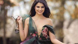 O româncă absolventă de Drept este cea mai frumoasă din Europa