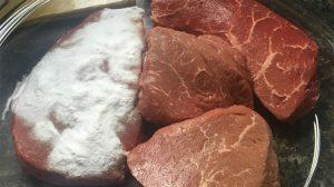 Un truc pe care bucătarii nu-l vor spune… Pune bicarbonat pe carne înainte de găti. Sfaturi