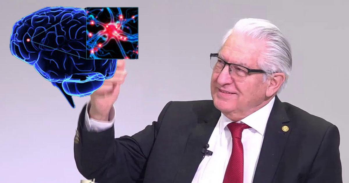 """Neurochirurgul Vlad Ciurea: """"Dormiți fără telefonul mobil în apropiere, priviți dimineața cerul, vinul roșu curăță vasele de sânge… Bucuria este adevărata hrană a creierului"""""""