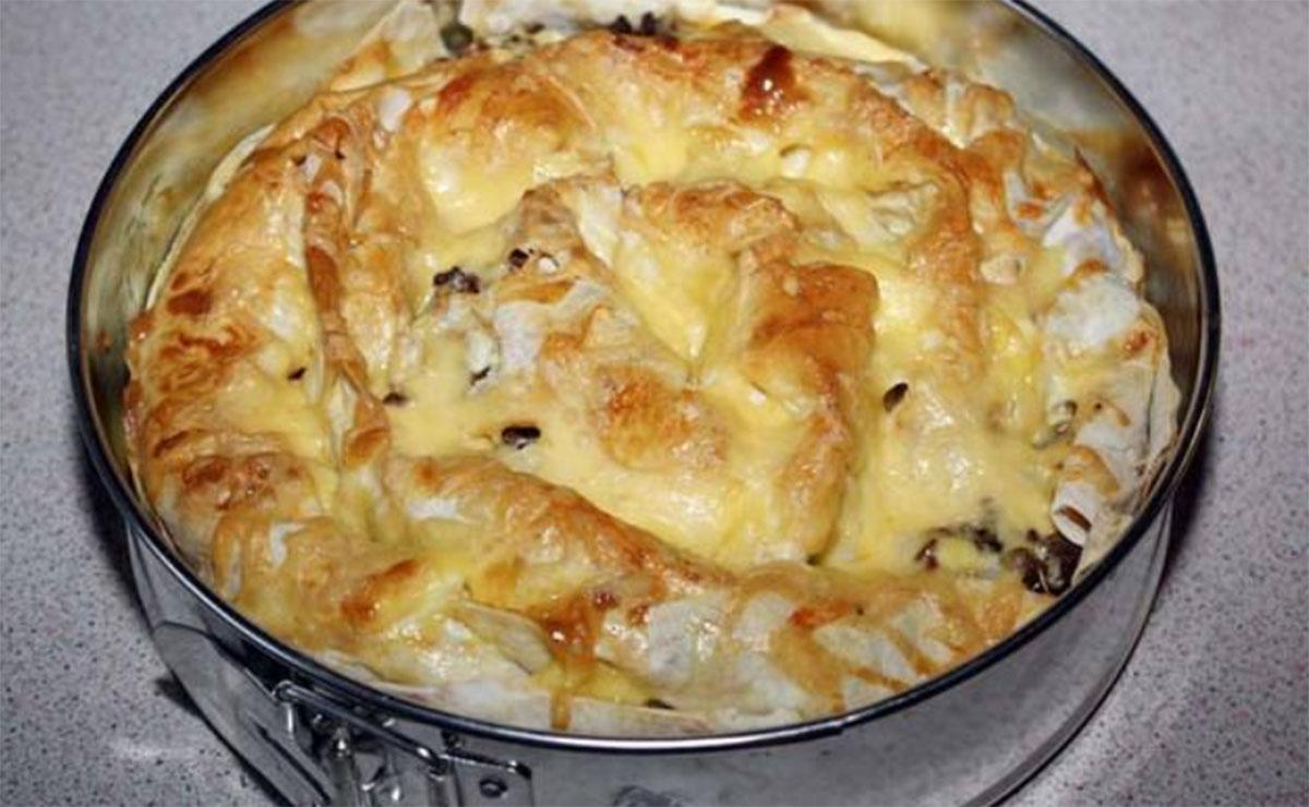 Plăcintă din lipii cu brânză de vaci, la cuptor! Un deliciu irezistibil, gata în doar 20 de minute!