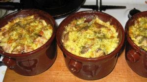 Caserolă cu carne și legume, în stil tradițional Bielorus! Acesta va deveni felul de mâncare preferat a întregii familii!