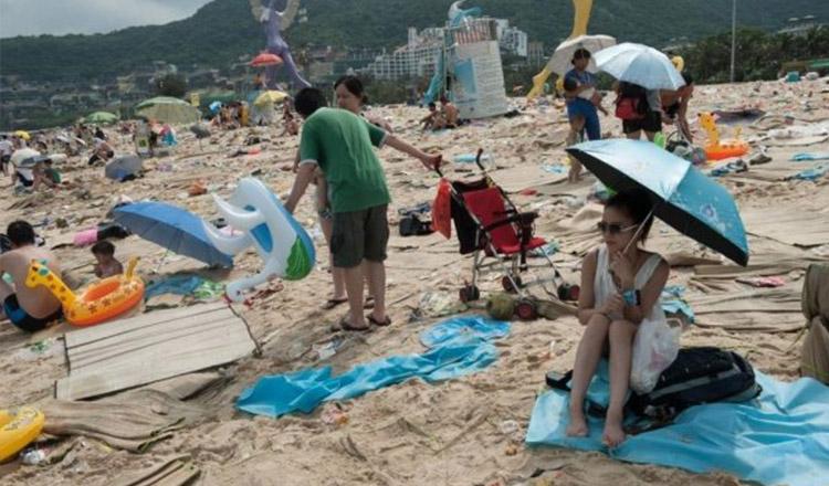 800 De Lei Amendă Pentru Un Pahar Aruncat Pe Plajă! Autoritățile Sunt Nemiloase În Cazurile De Neglijență
