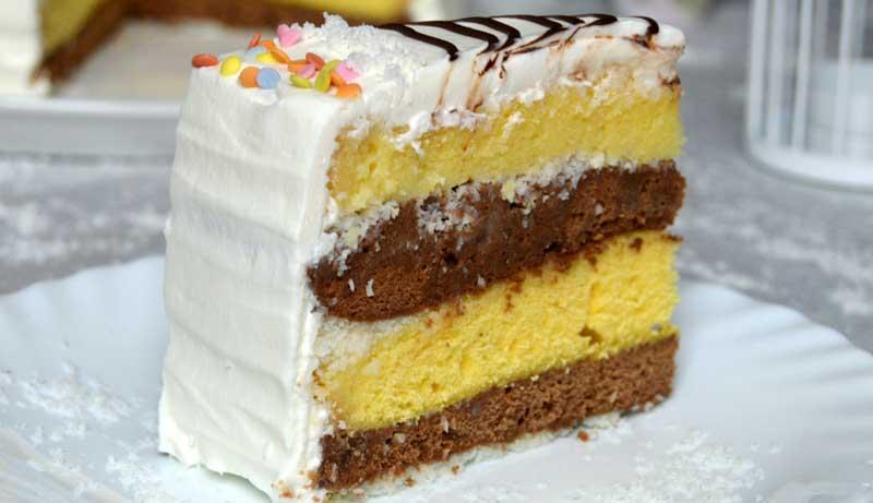 Tortul Monica, un desert delicios, pufos și cremos – Unde mai pui și că se face repede?