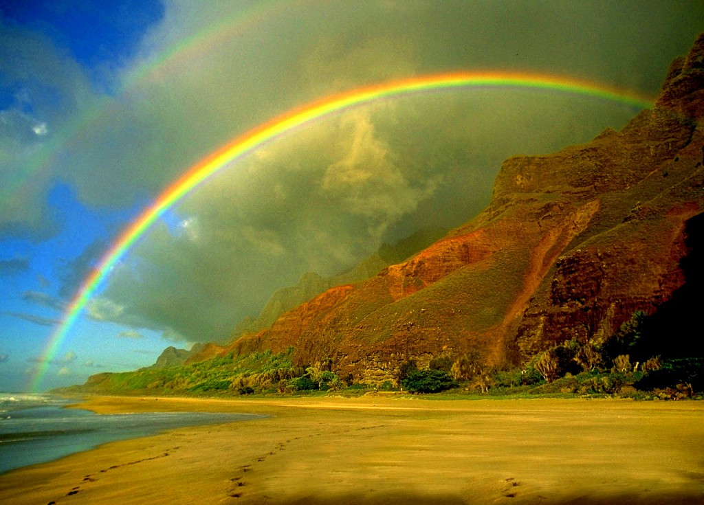 """Povestea curcubeului – """"În spatele fiecărui curcubeu e zâmbetul lui Dumnezeu"""""""