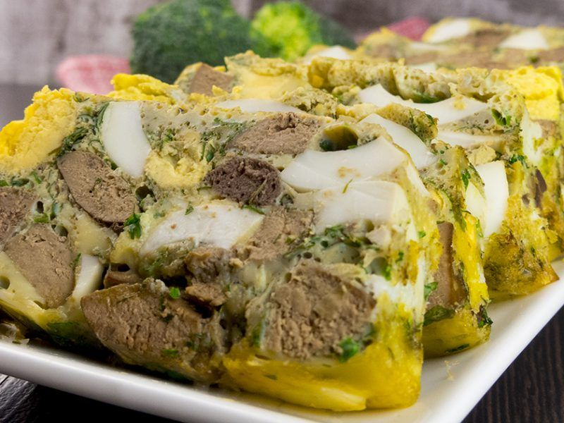 Drob de pui cu ouă – atât de gustos, încât nu va rămâne nici o fărâmitură de drob în farfurie!