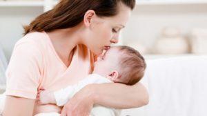 """Sfaturile unei mame pentru toate femeile: """"Șterge-ți lacrima, dă-te cu ruj, ai grijă de tine și…"""""""