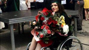 Felicitari, Andreea! Medic rezident in scaun cu rotile! Tanara care a învins sistemul si prejudecățile celor din jur a reușit sa isi îndeplinească visul!