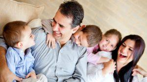 Un Tată adevărat nu este cel care plătește facturile, ci cel care înțelege că familia stă pe primul loc