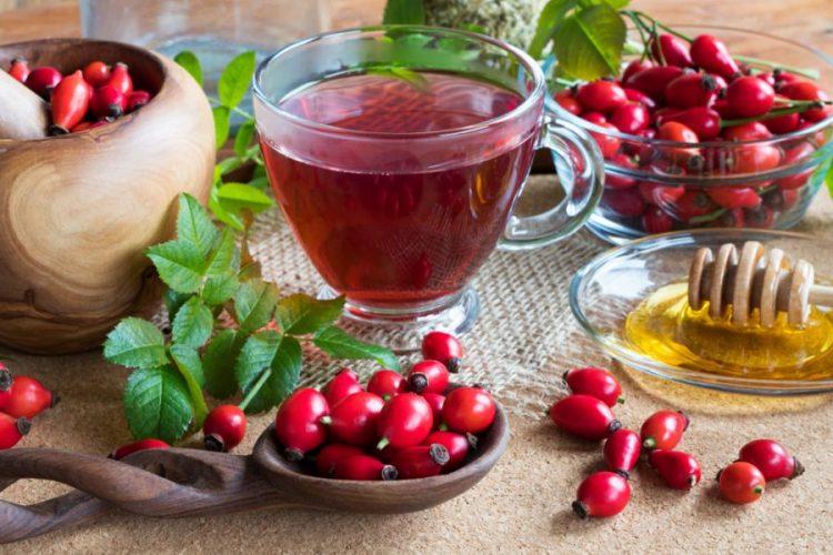 Ceaiul călugăresc de măceșe – tonifică inima și vasele de sânge
